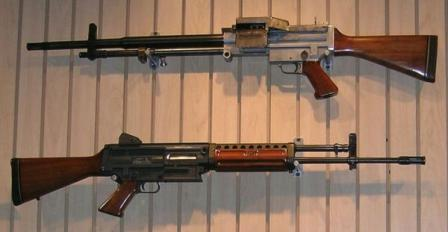 7.62mm Stoner 62 weapons in light machine gun (top) and rifle (bottom)configurations