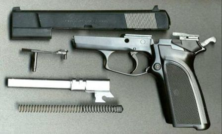 FN HP-DA disassembled to main components.