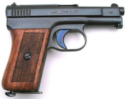 Mauser 1910 pistol, caliber 6.35mm (.25ACP), right side.