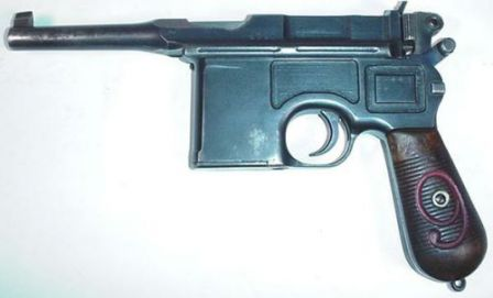Mauser C-96 in 9mm for German Army (World War One).