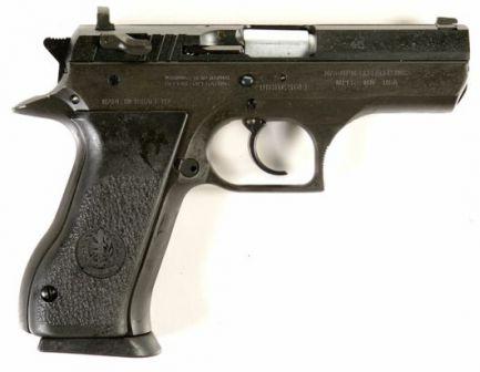 Yarı kompakt Jericho 941 tabanca.