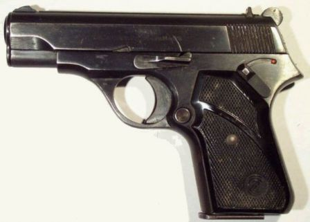Zastava M70 pistol, left side. Note manual safety above the grip panel.