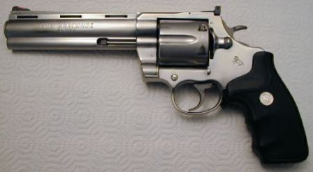 Colt Anaconda in .45LC with 6 inch barrel