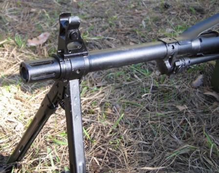 View on the muzzle and bipod of the PKP Pecheneg machine gun.