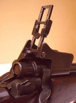 Rear sight and safety switch of the P14 rifle; M1917 rifles had similar sights.