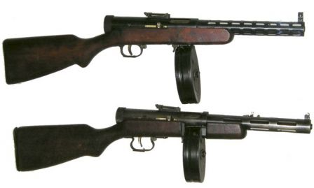 Degtyarov PPD-34/38 submachine gun, top and PPD-40 submachine gun, bottom.