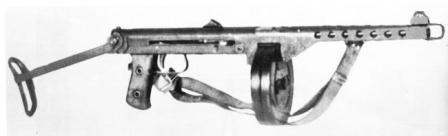 M44 Tikkakoski submachine gunwith 71-round drum magazine originally designed for Suomi SMG.