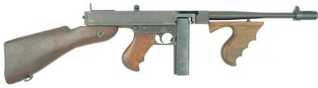 Thompson Model 1928A1 submachine gun, wartime production (simple, non-adjustable and non-protected rear sight and plain barrel).