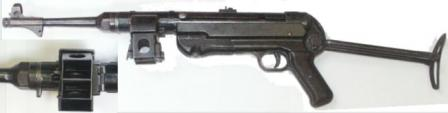 MP-40-II submachine gun, with sliding dual magazine housing (see insert).