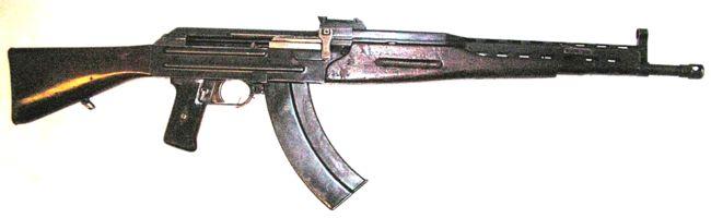 Опытный автомат Булкина АБ-46, оказавший значительное влияние на конструкцию автомата Калашникова АК-47.