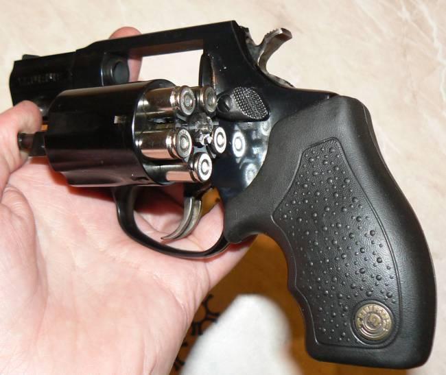 Видео по теме огнестрельный револьвер