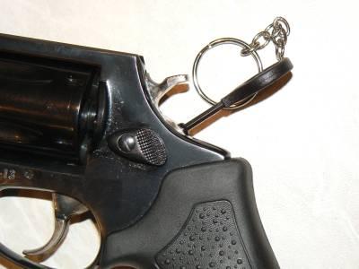 Травматический револьвер таурус лом 13
