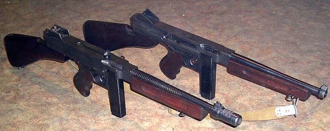 Submachine Gun Pictures. Thompson submachine guns.