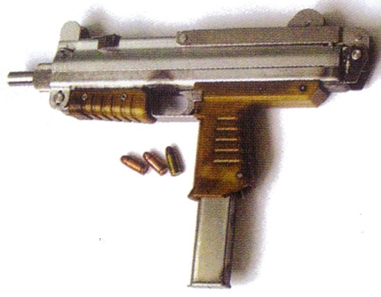 TASCO 7ET10 submachine gun, caliber 9x19.