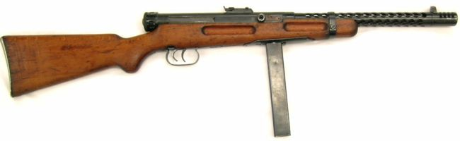 Beretta M938A (Model 1938) submachine gun, right side.
