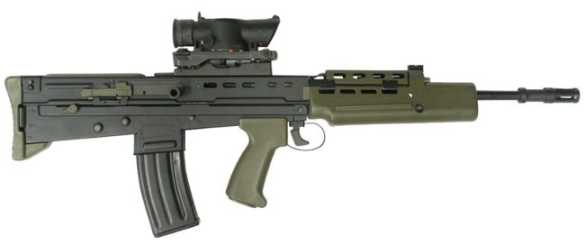 L85A1 rifle with SUSAT sight