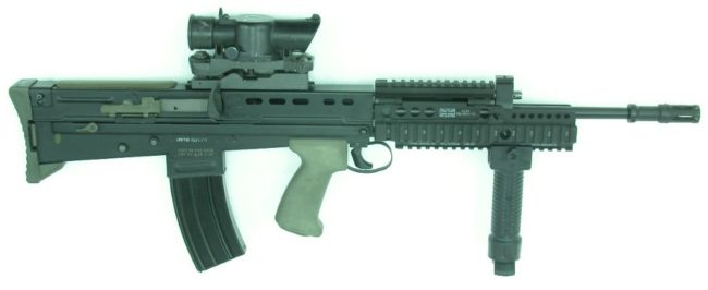 L85A2 rifle with SUSAT sight