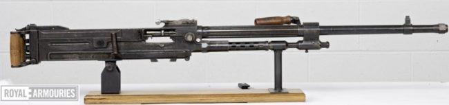 Alfa 44 machine gun