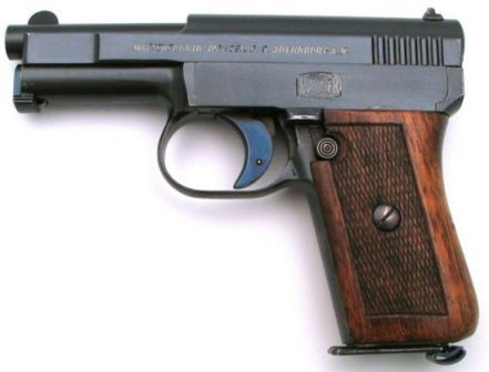Mauser 1910 pistol, caliber 6.35mm (.25ACP), left side.