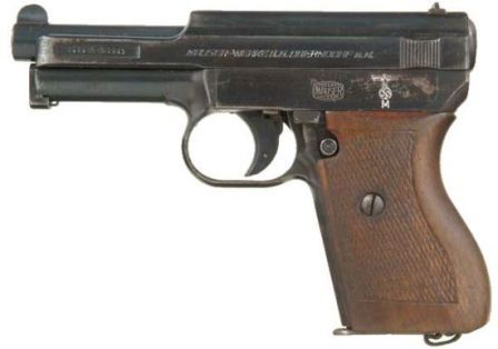 Mauser 1934 (or 1910-34) pistol, caliber 7.65mm (.32ACP); military version, issued to Kriegsmarine (German Navy) during WW2.