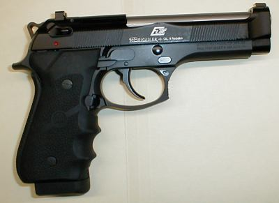 Beretta 92FS Elite - with heavy but slightly shortened slide.