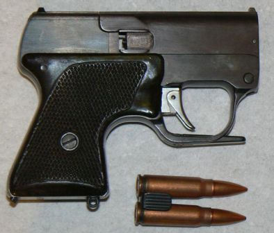 MSP pistol, right side, with cloaded clip