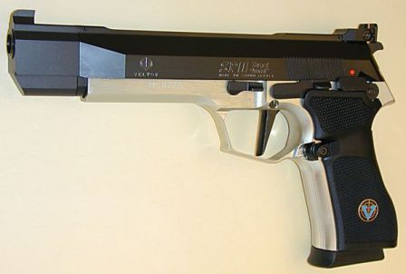 Vektor SP1 Sport pistol, with long barrel and adjustable target sight.