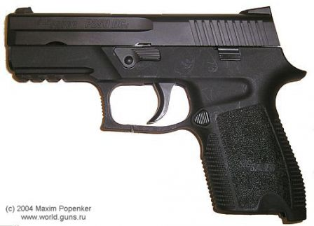 SIG-Sauer P250 DCc (compact) without magazine, left side view; version of 2004.