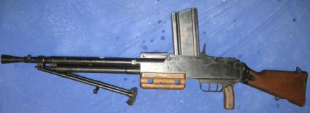 MAC Mod. 1924/29 light machine gun, left side.