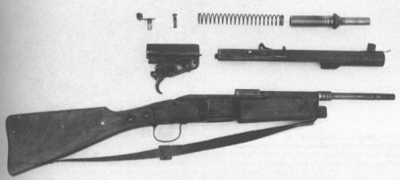 Gustloff Volkssturmgewehr VG.1-5 rifle partially disassembled.