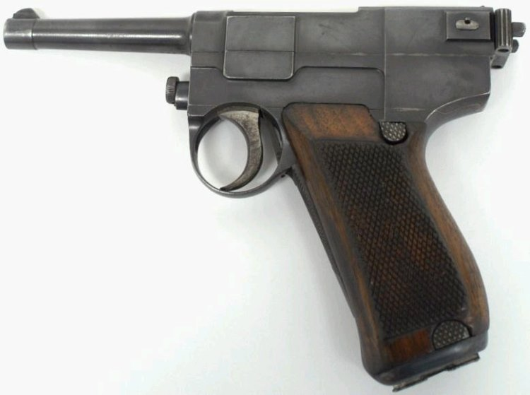 Glisenti M1910 pistol - left side