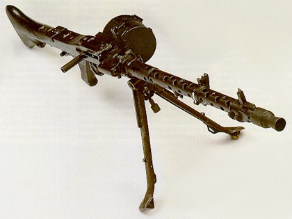 MG-34, same configuration; note different position of the bipod.