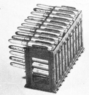 Multi-column magazine for FIAT-Revelli M1914 machine gun.