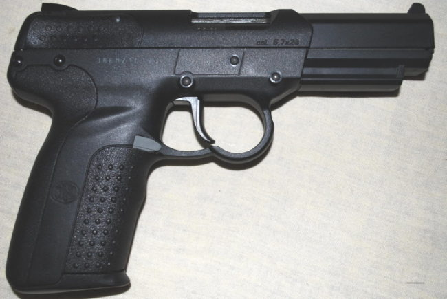 FNFive-seveN pistol