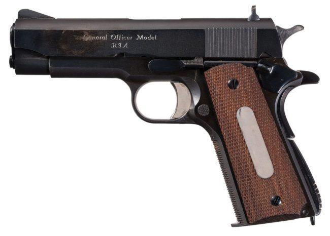 армейский пистолет US M15, предназначенный для вооружения генералов армии США