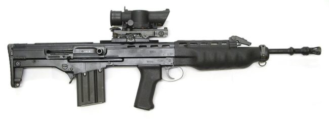 Экспериментальный автомат Enfield SA80-IW (Individual Weapon) калибра 4,85×49.