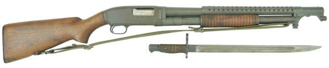 ружье Winchester M12 в армейском исполнении