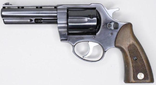 Револьвер Zastava M83