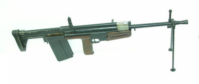 British 7.92x57mm EM-1 automatic rifle, developed by polish refugee Korsac (1944)
