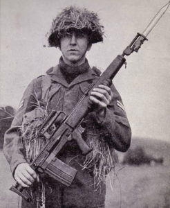 British soldier with experimental 7mm EM-2 assault rifle